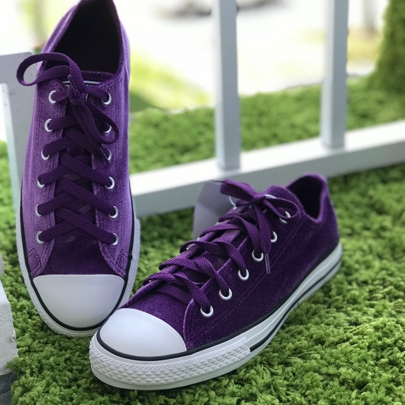 598bc05950a3 NWT Converse Ctas OX Night Purple Velvet WMNS AUTH